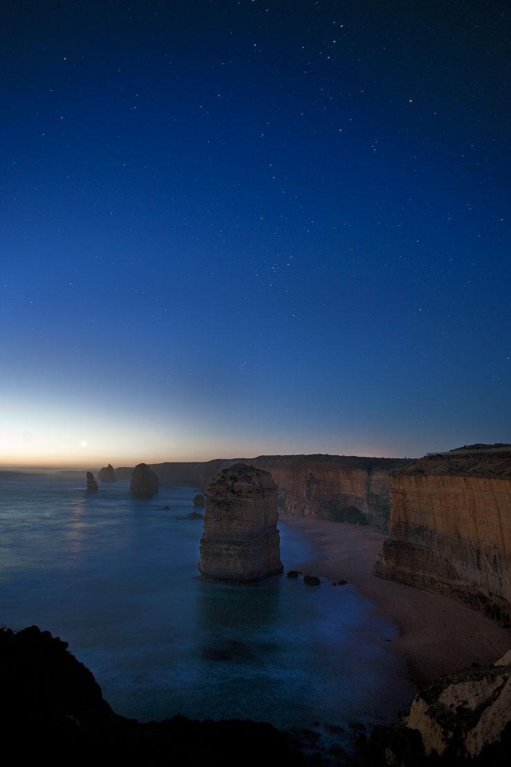 12 Apostles under stars
